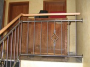 Geländer, innen aus Edelstahl mit Holz